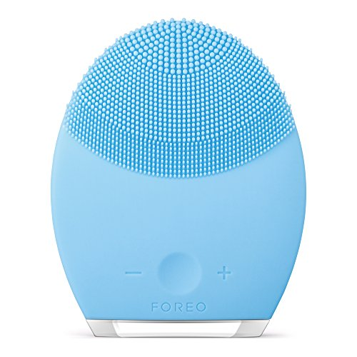 FOREO LUNA 2 Personalized Facial Cleansing Brush and Anti-Aging Face Massager for Combination Skin