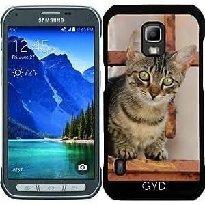 Funda para Samsung Galaxy S5 Active - Lindo Gatito En La Puerta De Hierro Oxidado by Katho Menden