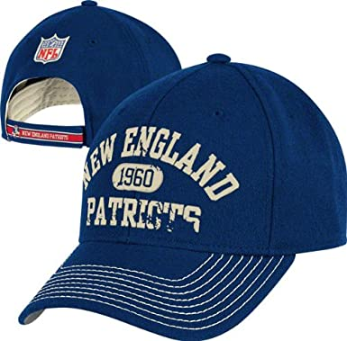Amazon Com Reebok New England Patriots Throwback Hat Vintage Structured Adjustable Hat Sports Fan Baseball Caps Clothing