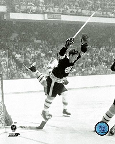 (Bobby Orr Boston Bruins 1970 Stanley Cup Overtime Action Photo (Size: 11