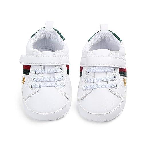 fd88aa2191cb2 Nagodu Shoes Zapato Tipo Tenis para Bebe Blancos con Cintas y Velcro  Franjas Rojas y Verdes