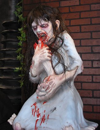 DEAD DEBBIE NON ANIMATED HAUNTED HOUSE HALLOWEEN PROP Yard Decor Scary Effects DU2280 by (Wretched Animated Prop)