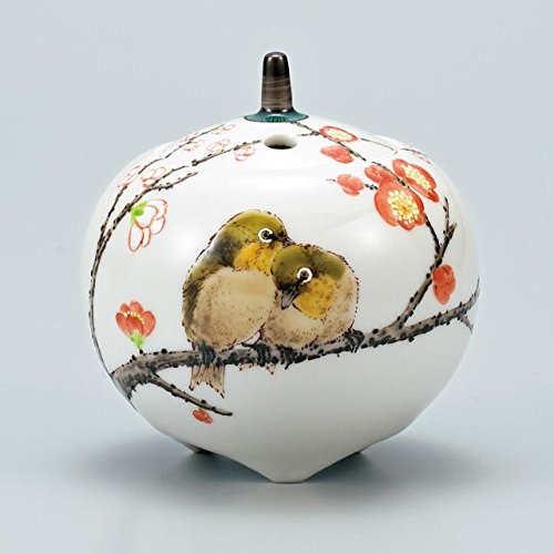 Japanese drawn Ceramic Porcelain kutani ware. Japanese incense burner KORO with wooden box. Love birds.'' Japanese ceramic Hagiyakiya 1314 by Kutani