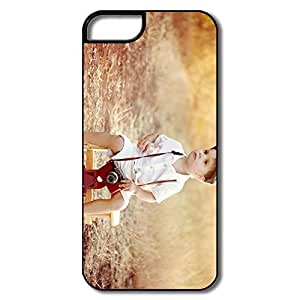 AOPO Phone Cases For IPhone 5/5s,Little Boy Photographer Make Custom IPhone 5/5s Skin