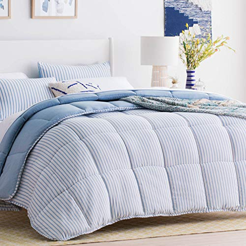 (Linenspa All-Season Reversible Down Alternative Quilted Comforter - Hypoallergenic - Plush Microfiber Fill - Machine Washable - Duvet Insert or Stand-Alone Comforter - Cloudy Sky Blue - Full )