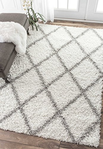 nuLOOM Cozy Soft and Plush Diamond Trellis Shag Area Rug