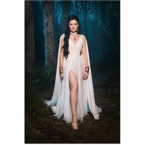 witches-of-east-end-tv-series-2013-2014-8-inch-x10-inch-photo-madchen-amick-long-white-dress-showing