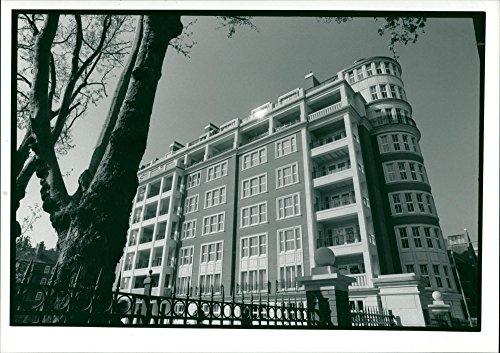 Vintage photo of Kensington Palace Gates