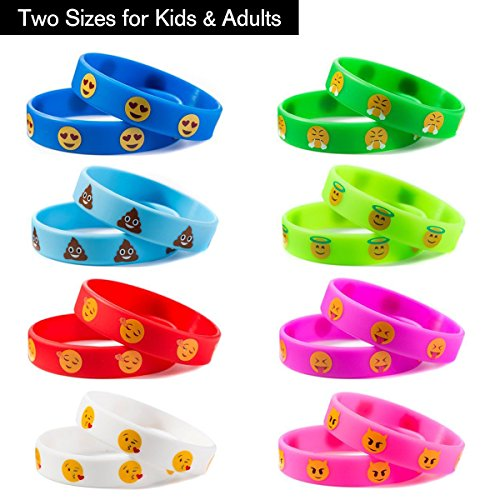 Emoji Silicon Bracelets, 32 Pack Party Wristband Bracelets for Kids Birthday Party Supplies Favors , Novelty Toys Pinata Fillers for School Classroom Rewards, Carnival Prizes Accessories. (Kids Parties Supplies)