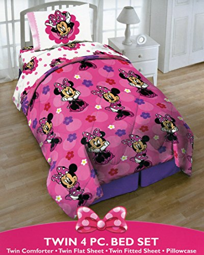 Disney Minnie Mouse Twin 4 Piece Bedding Set with Tote - Reversible Comforter, Sheets, Pillowcase (Minnie Comforter Set)