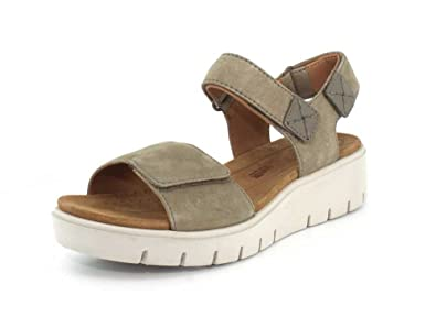 CLARKS Women's Un Karely Bay Nubuck