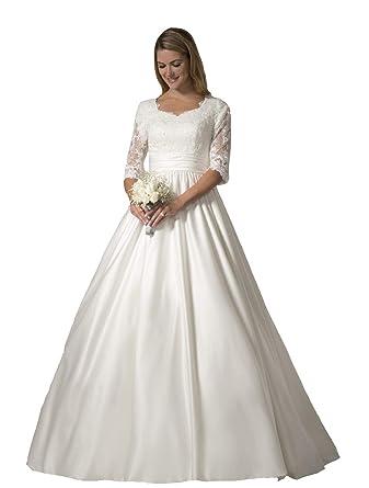 e9d33bc0d1140 Lazacos Women's Elegant Lace Applique Satin Buttons A-Line Wedding Dress at  Amazon Women's Clothing store:
