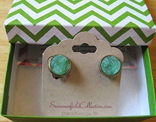 (CLIP-ON Antiqued Gold-Tone Stud Earrings 12mm Mint Green Faux Druzy Stone)