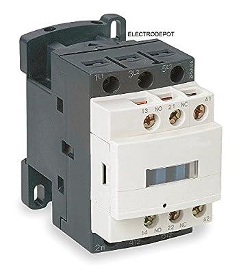 Contactor, 3 Pole, 30Amp AC-1, 50A. AC-3 32A, Aux: NO NC, 120VAC Coil, Lighting & Heating, Motor 600V IEC