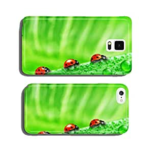 lady bug on fresh grass cell phone cover case Samsung S6