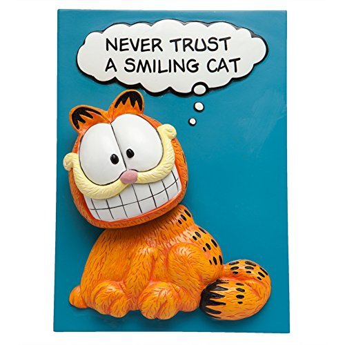 7 Inch Never Trust a Smiling Cat Collectible Garfield Bobble Plaque