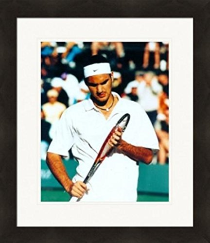 (Autograph Warehouse 259622 Roger Federer 8 x 10 in. Photo - Tennis Matted & Framed)