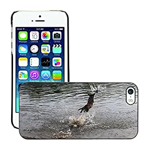 Just Phone Cases Slim Protector Hard Shell Cover Case // M00128705 Water Animal Dog Hunting Wet Floor // Apple iPhone 5 5S 5G