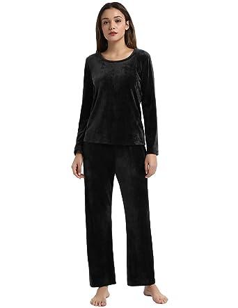 32c3c9651 Zexxxy Women Fleece Pajama Set Long Sleeve Winter Pj with Pocket M Black
