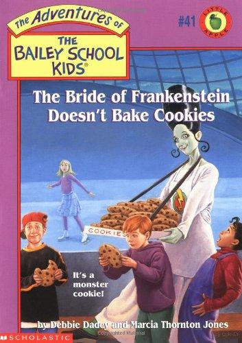 d58d878fee4c Librarika: Aliens Don't Wear Braces (Bailey School Kids #7)