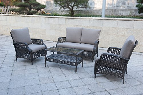 Sunny Crest - Charming deep seating wicker at the backyard to entertain guests or to carry out nice conversation.
