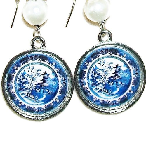 - BLUE WILLOW PLATE EARRINGS SILVER Pltd with GLASS COVER Vintage Plate Image Altered Art Dangl Drop