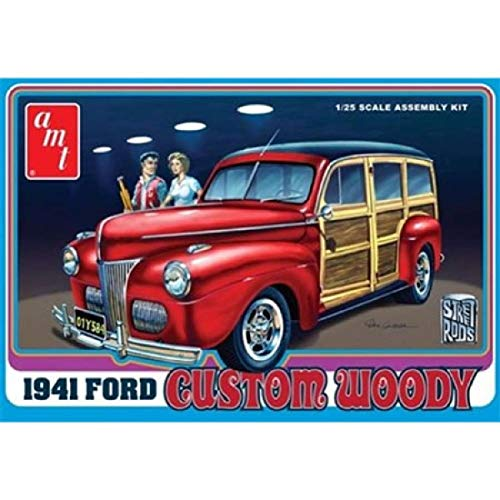 (AMT 1:25 Scale 1941 Ford Woody Street Rod Model Kit)
