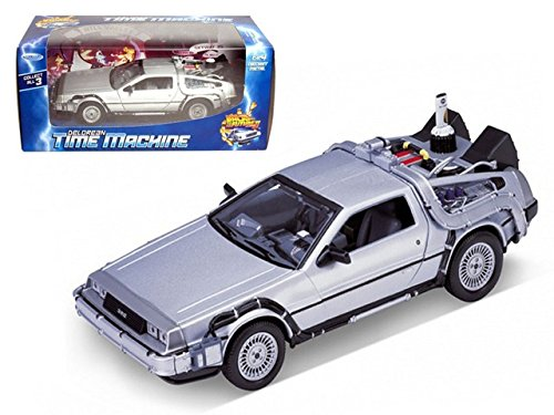 Welly 1/24 Scale Diecast Metal Delorean Time Machine Back to the Future Part II Back to the Future 2