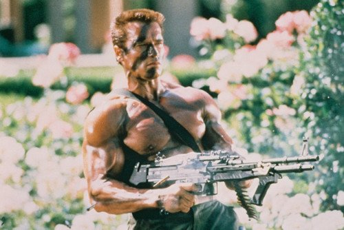 Moviestore Arnold Schwarzenegger als John Matrix in Commando 91x60cm Farb-Posterdruck