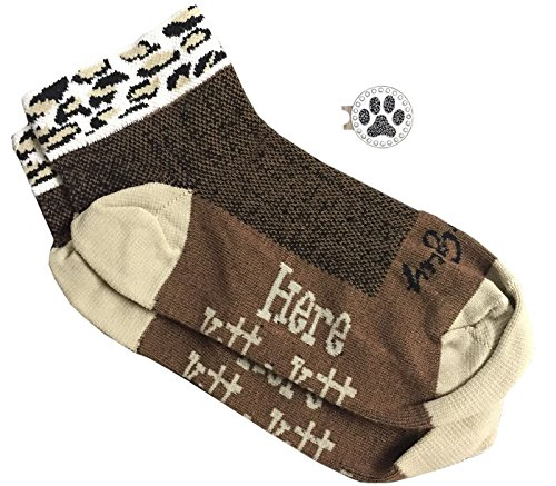 Amazon.com   Giggle Golf Women s Golf Sock Pack - Pair of Cougar Socks   A  Bling Paw Print Ball Marker with Hat Clip   Sports   Outdoors c69e2b3eaaca