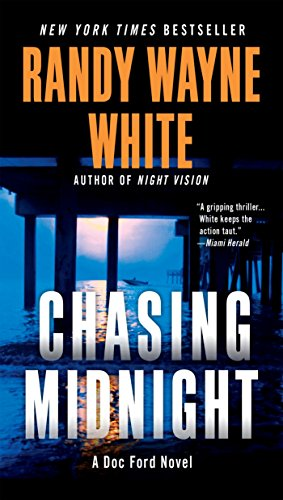 Chasing Midnight (A Doc Ford Novel Book 19) ()