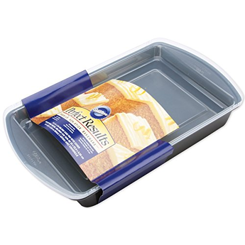Wilton Perfect Results Premium Non-Stick Bakeware Oblong Cake Pan, Easy Snap On/Off Cover for Maximum Protection, 13 by 9-Inch