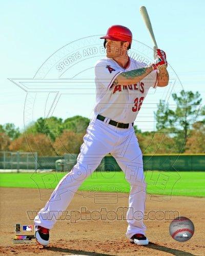 Josh Hamilton Los Angeles Angels 2013 MLB Posed Photo #2 8x10 ()