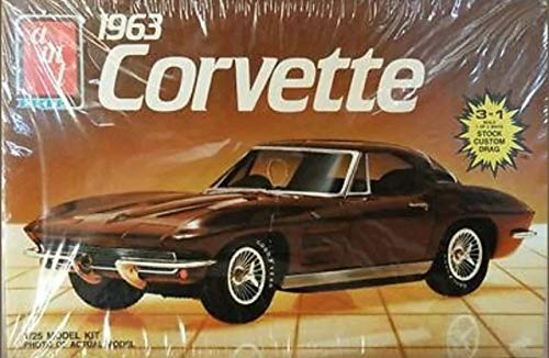 AMT 1963 Corvette 1/25 Vintage 1988 Model Kit