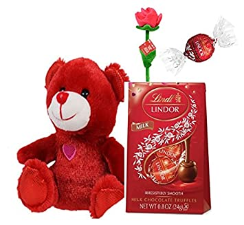 Amazon Com Valentines Bear With Lindt Lindor Mini Chocolate And