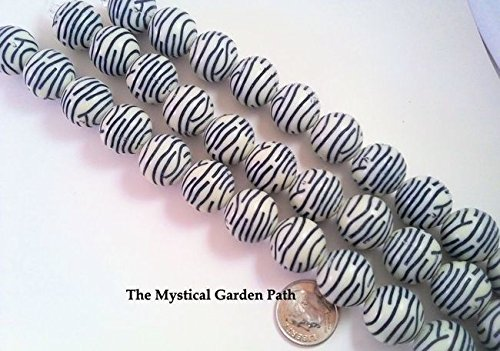 (12 Black & Off White Striped Zebra Print Acrylic Round Beads ~ 16mm Perfect for Earrings, Necklaces or)