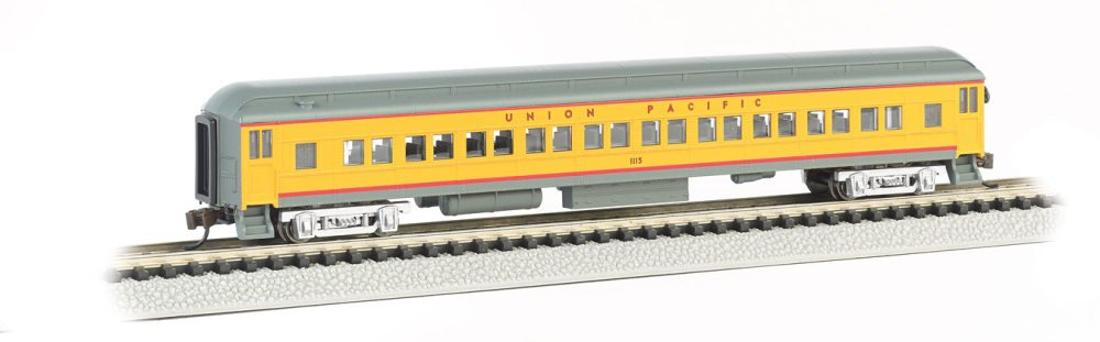 Bachmann Industries Heavyweight Coach with Lighted Interior - Union Pacific (N Scale), 72' 72' 13755