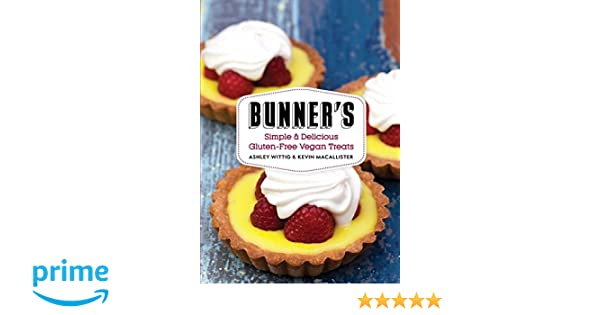 Bunners bake shop ashley wittig kevin macallister bunners bake shop ashley wittig kevin macallister 9780062367761 amazon books fandeluxe Gallery