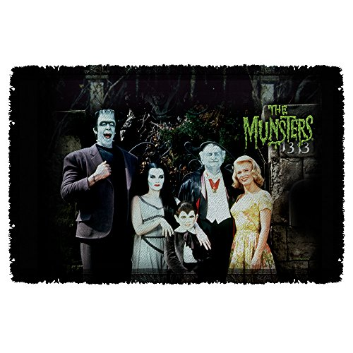 Family -- The Munsters -- Woven Throw Blanket Tapestry