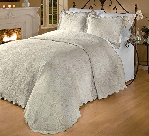 RoyCroft Prada Portuguese Matelasse Bedspread/Sham Set,