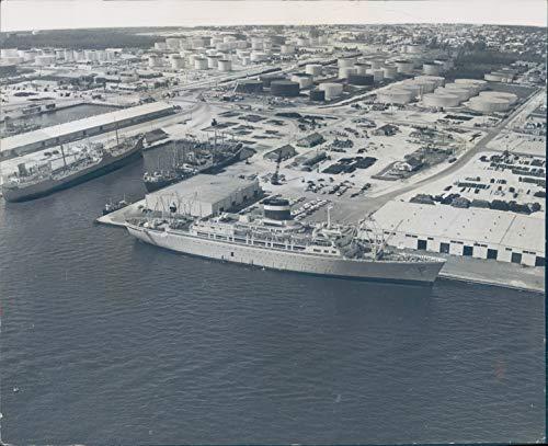 1963 Press Photo Transportation Port Everglades Ships Sea Vintage Sky View 8x10