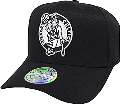 Mitchell & Ness Boston Celtics EU1033 110 Curved Black White NBA Flexfit Snapback Cap One Size