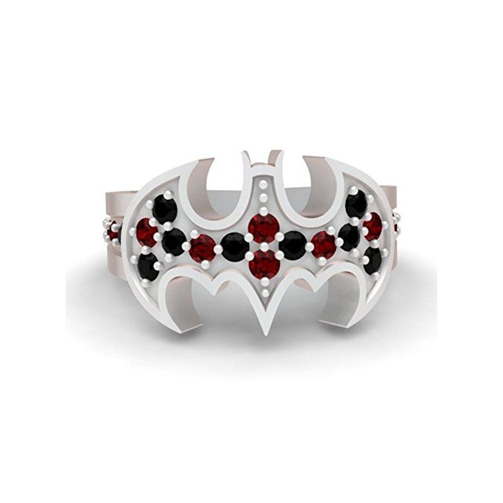 Harley Batman inspirado anillo de compromiso 0,60 ct rojo y negro con pequeñas piedras de cz Circonita de corte redondo en 10 K dorado y plateado.