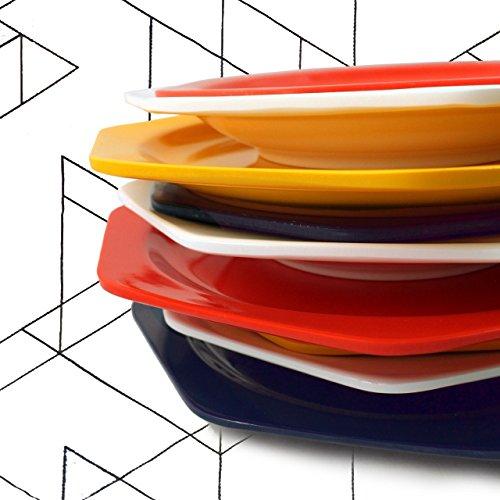9 platos octogonales: 3 platos llanos /3 conjuntos de platos rojos /Colecci/ón Bauhaus/ Cartaffini/ amarillos y azules 3 platos hondos y 3 platos de postre.