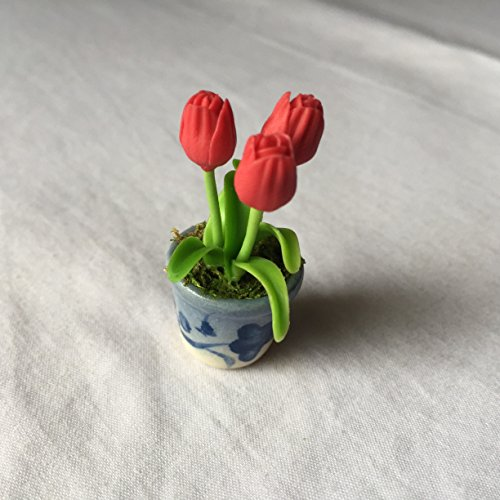Tulip (Red) Flower Handmade Miniature Clay Collectible Bow Crafts Dollhouse Garden Set Show Tiny Tree