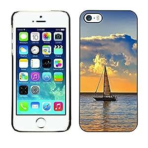 TopCaseStore / la caja del caucho duro de la cubierta de protección de la piel - Nature Lonely Boat - Apple iPhone 5 / 5S