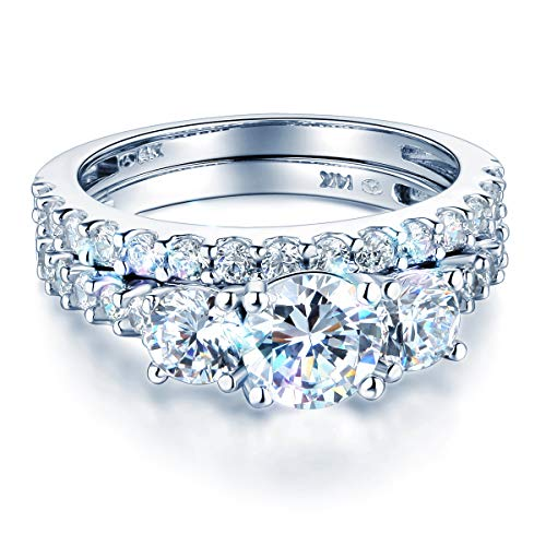 Wellingsale Ladies Solid 14k White Gold CZ Cubic Zirconia Round Cut Three 3 Stone Engagement Ring with Side Stones and Wedding Band Bridal Set - Size 4
