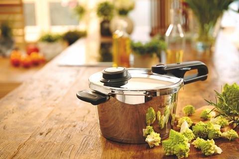 Fissler 4.8qt Vitavit Premium Pressure Cooker 22cm by Fissler