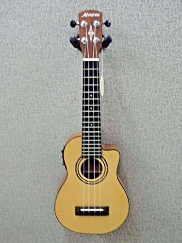 s RU26SCE Soprano Size Electric/Acoustic Spruce Top Ukulele ()