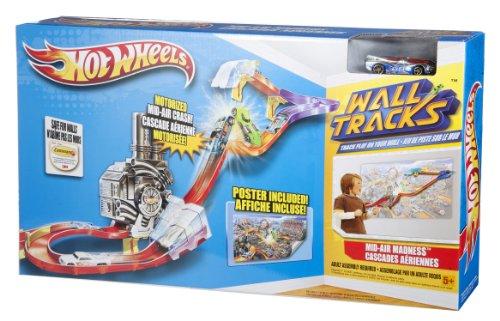 Hot Wheels Wall Tracks Mid-air Madness by Hot Wheels